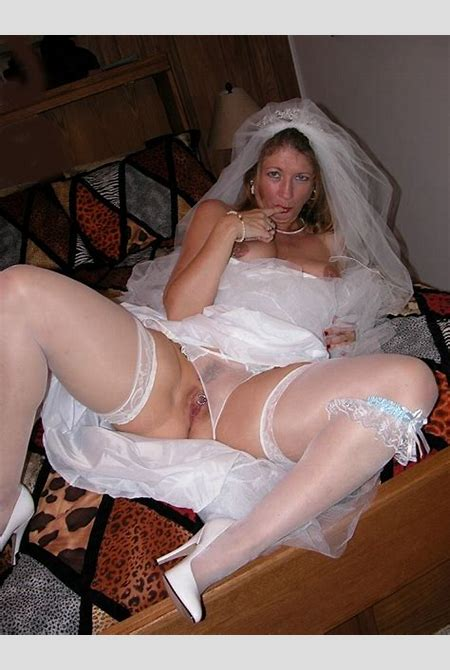 Milf Devlynn From United States Devlynn Calms Pre Wedding Jitters - YOUX.XXX