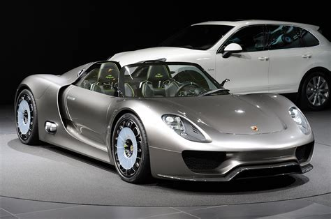 hybrid porsche 918 porsche 918 spyder hybrid available for order extravaganzi