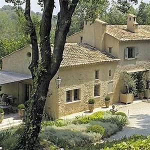 Un Mas En Provence : la nouvelle vie d 39 un mas en provence c t maison ~ Farleysfitness.com Idées de Décoration