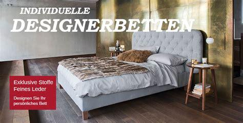 Blue Wall Design  Polsterbettdesign Luxusbetten