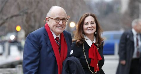 trump lawyer rudy giuliani  divorce court  accused