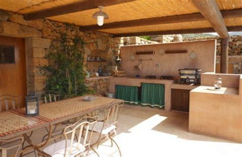cuisine ete castorama aménager une cuisine d été dans le jardin