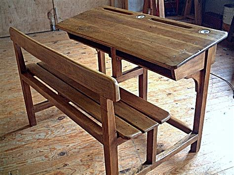 bureau d 39 écolier en chêne et hêtre ancien avec encriers