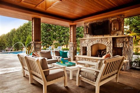Outside Patio Designs by 15 Rustic Outdoor Design Ideas