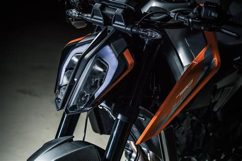 ktm  duke guide total motorcycle
