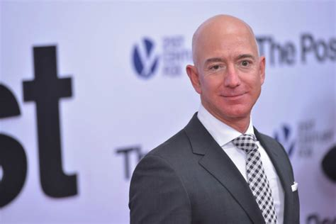 Jeff Bezos is the Richest Person in History - mfame.guru