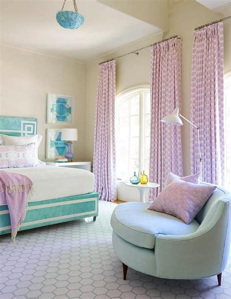 Ideas For A Lilac Bedroom by 17 Best Images About Beautiful Bedrooms On