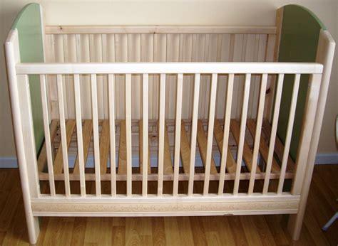 chambre bébé simple peinture pour lit bebe photos de conception de maison