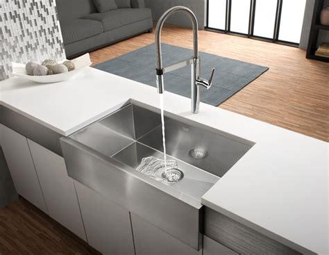 installer evier cuisine évier de cuisine simple precision u maxi apron avec