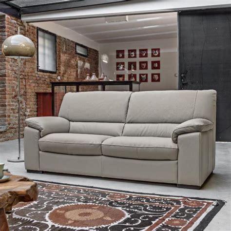 avis canap poltronesofa le canapé poltronesofa meuble moderne et confortable