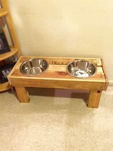 78 best ideas about diy pallet on pinterest pallet With dog bowl furniture