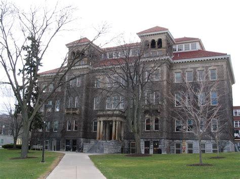 File:Lyman C. Smith Hall, Syracuse University 1.JPG ...