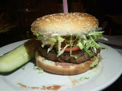 redcoat tavern burger weekly