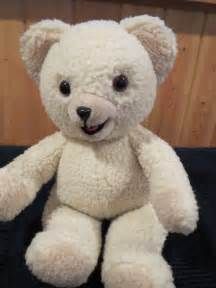 Vintage Russ Berrie Cream Colored Teddy Bear Snuggle ...
