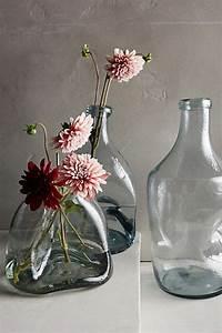le grand vase en verre dans 46 belles photos With chambre bébé design avec bouquet de fleurs dans un vase