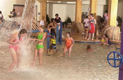 Green Bay, Wisconsin: Tundra Lodge Resort and Waterpark ...