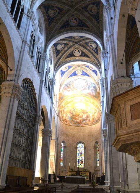 Duomo Di Lucca Interno duomo di lucca vivere la toscana