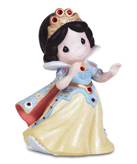 This Snow White Figurine by Disney Showcase Collection is