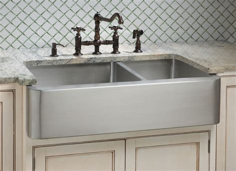 kitchen faucets for farmhouse sinks a review of farm sinks