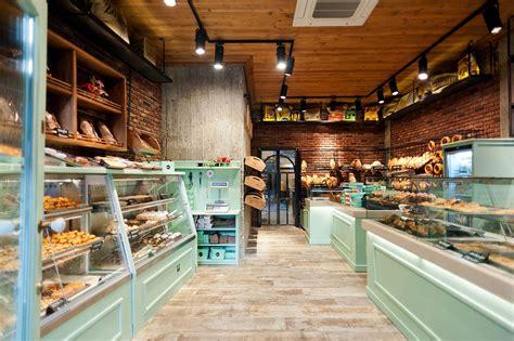 The design feels fresh, elegant and casual. KOGIAS BAKERY - Design: Constantinos Bikas - Veroia, Grecia - 2012   Bakery design interior ...