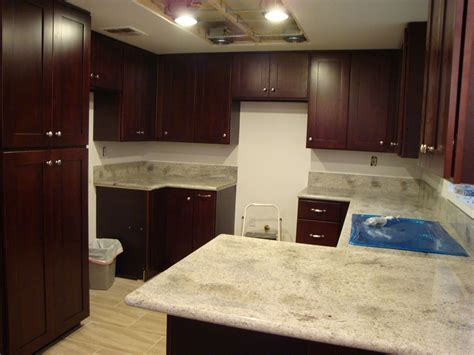 Kashmir White Granite Countertops (Pictures, Cost, Pros