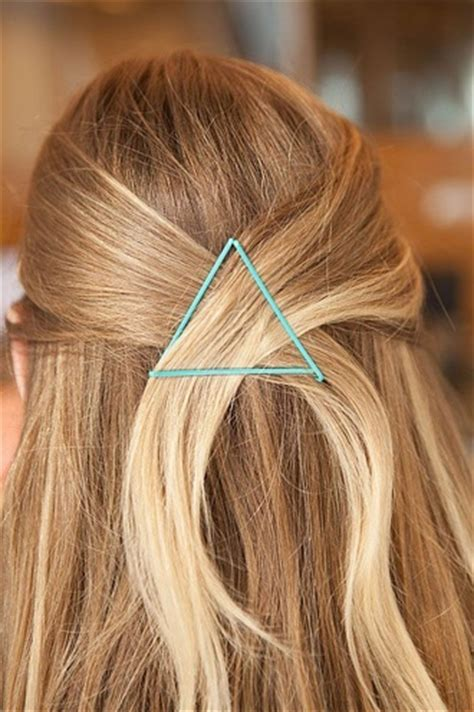 10 chic cute bobby pin designs to flaunt