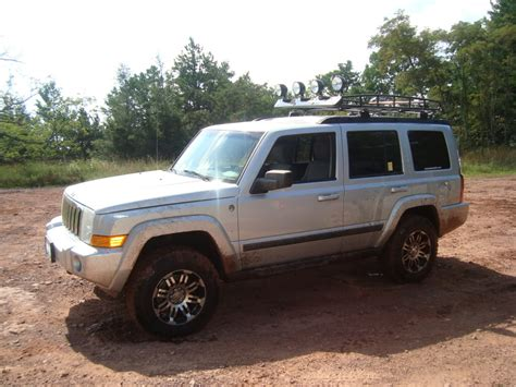 commander jeep lifted white jeep commander lifted image 325