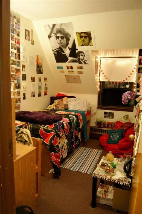 Dorm Room Photo Display Ideas. Tiling For Kitchens. Plastic Tiles For Kitchen. Kitchen Ceiling Light Ideas. Kitchen Under Counter Led Lighting. Kitchen Island Fixtures. Can Lights In Kitchen. Kitchen Appliances Brands Names. Kitchen Table Light Fixture
