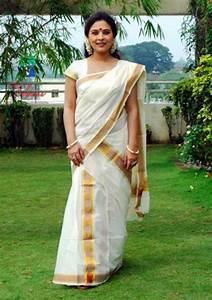 Traditional Dress of Kerala [ IMG] | Gods Own Country/ Kerala