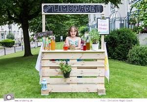 Verkaufsstand Selber Bauen : diy limonadenstand aus europalette bauen mrsberry familien reiseblog ber das leben und ~ Whattoseeinmadrid.com Haus und Dekorationen