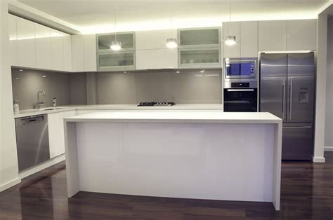 colors in kitchen white kitchen toffee splash back house 2360