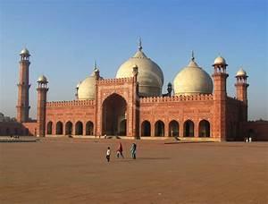 Badshahi Mosque Thatta images