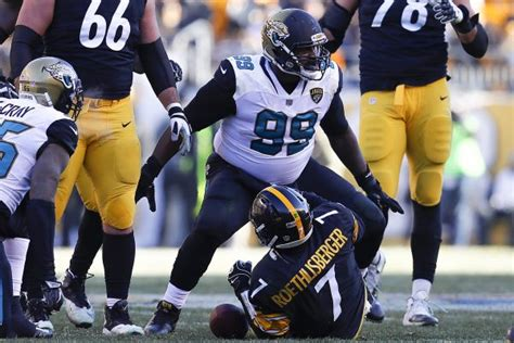 Steelers Fall Flat In Divisional Playoff Loss To