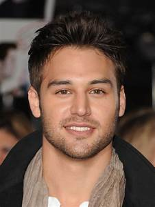Ryan Guzman Photos Photos - The Red Carpet at the ...
