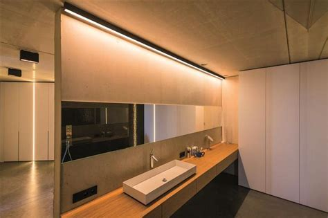2U profile system by TAL. Lighting idea for bathrooms