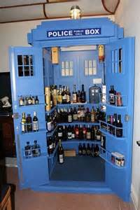 Fish Tank Cabinets by 9 Awesome Liquor Cabinets For Your Modern Bachelor Pad