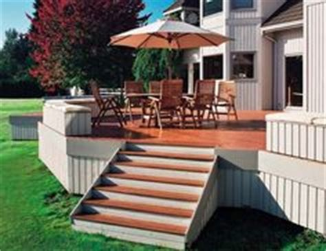 Flood Cwf Deck Stain Colors by Flood Chestnut Brown Solid Wood Stain Beautifies This Deck