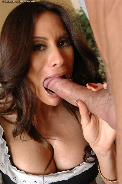 Good Looking Latina Milf Sheila Marie Is Risking Her