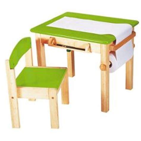 bureau bebe bureau et chaise pour bébé table de lit a roulettes