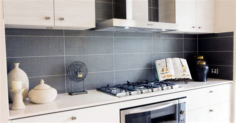 bathroom tile ideas images choosing tiles for a kitchen splashback 39 s tiles