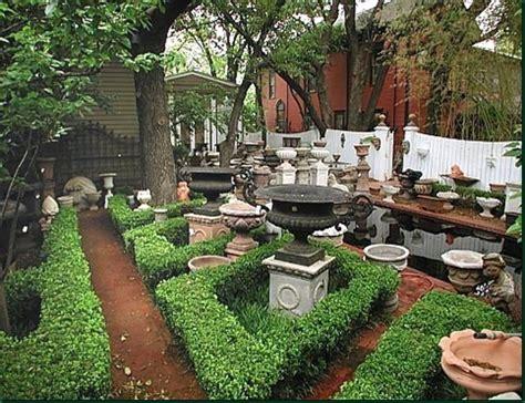 Garden Decor, Way To Be Elegant  Kris Allen Daily