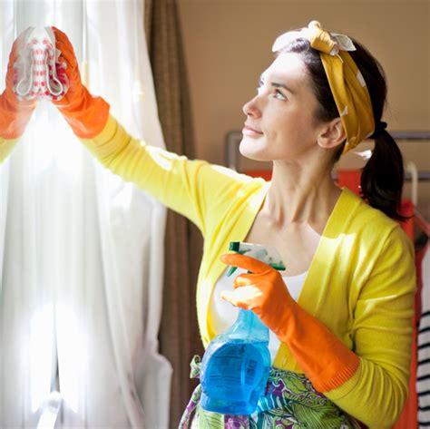 tipps fenster putzen fenster putzen mit diesen 3 tipps geht 39 s problemlos fenster putzen