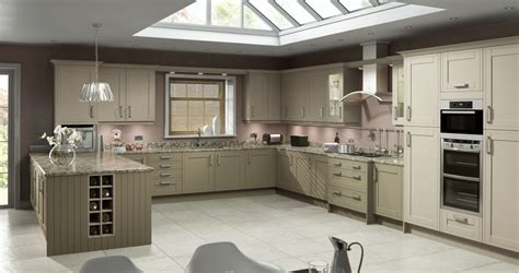 designer living kitchens fitted kitchens bathrooms berkshire 3294