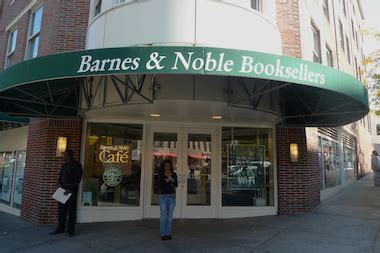 barnes and noble college barnes and noble college bookstore moving to 168th