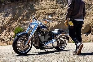Harley Fat Boy : riding the 2018 harley davidson softail fat boy za bikers ~ Medecine-chirurgie-esthetiques.com Avis de Voitures
