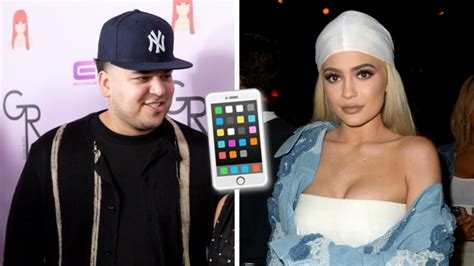 Phones At The Ready, People! Rob Kardashian Just Tweeted ...