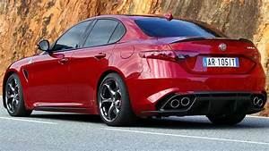 Alfa Romeo Giulia 2016 : 2016 alfa romeo giulia and quadrifoglio review first drive carsguide ~ Gottalentnigeria.com Avis de Voitures