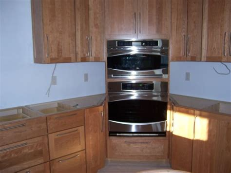 double wall oven cabinet 32 best images about kitchen ideas corner double ovens and