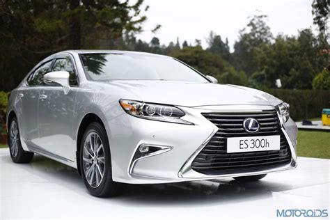 lexus es 300h review modern classic first drive