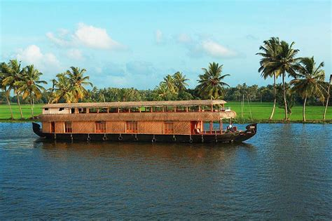 Kerala Boat House Alleppey by Boathouse Alleppey Alleppey Boat House Kerala Boathouse